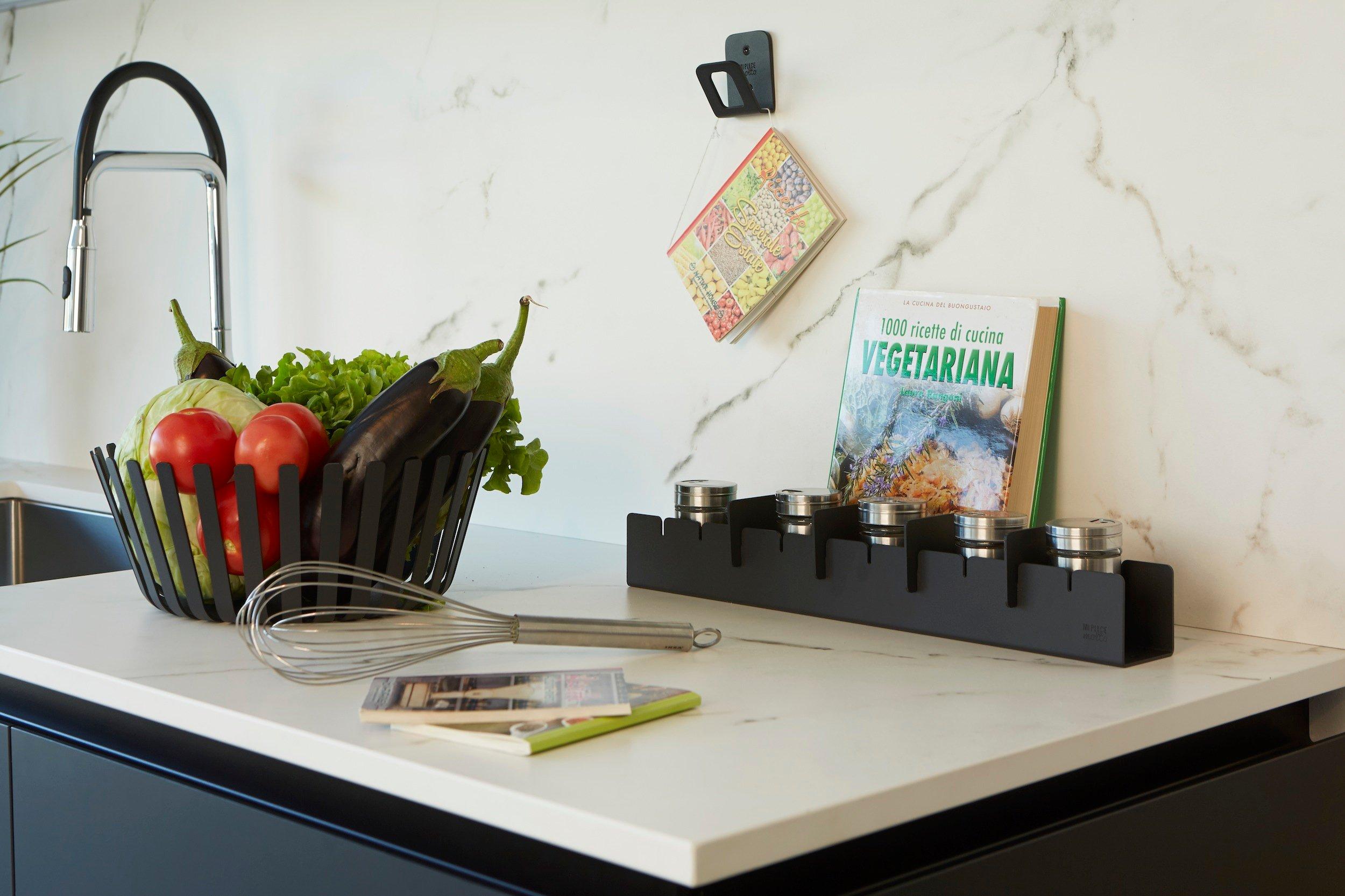 Pettine portaspezie e Medusa portafrutta per la cucina
