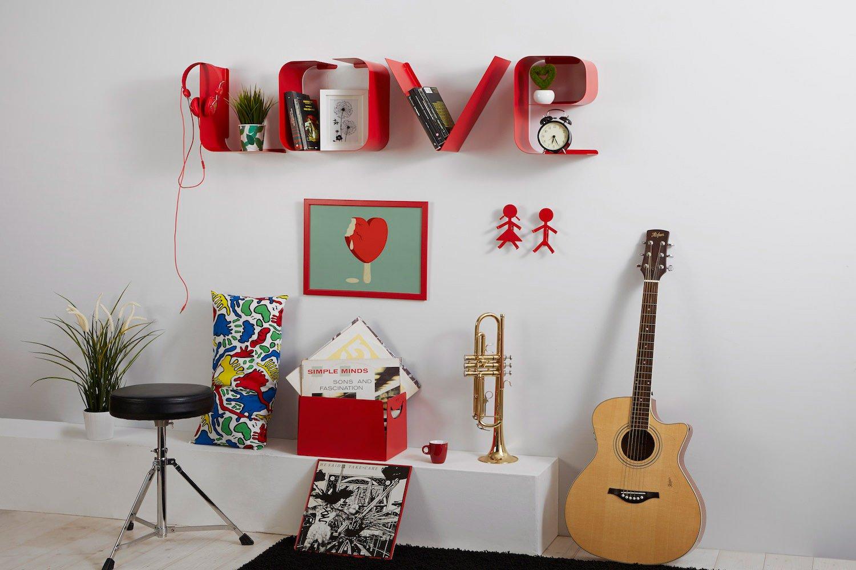 Salotto moderno mensola lettere LOVE appendiabiti e portaoggetti design-1