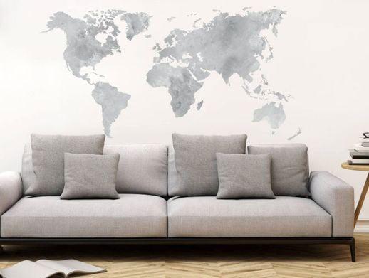 parete-decorata-con-desivo-murale-cartina-geografica