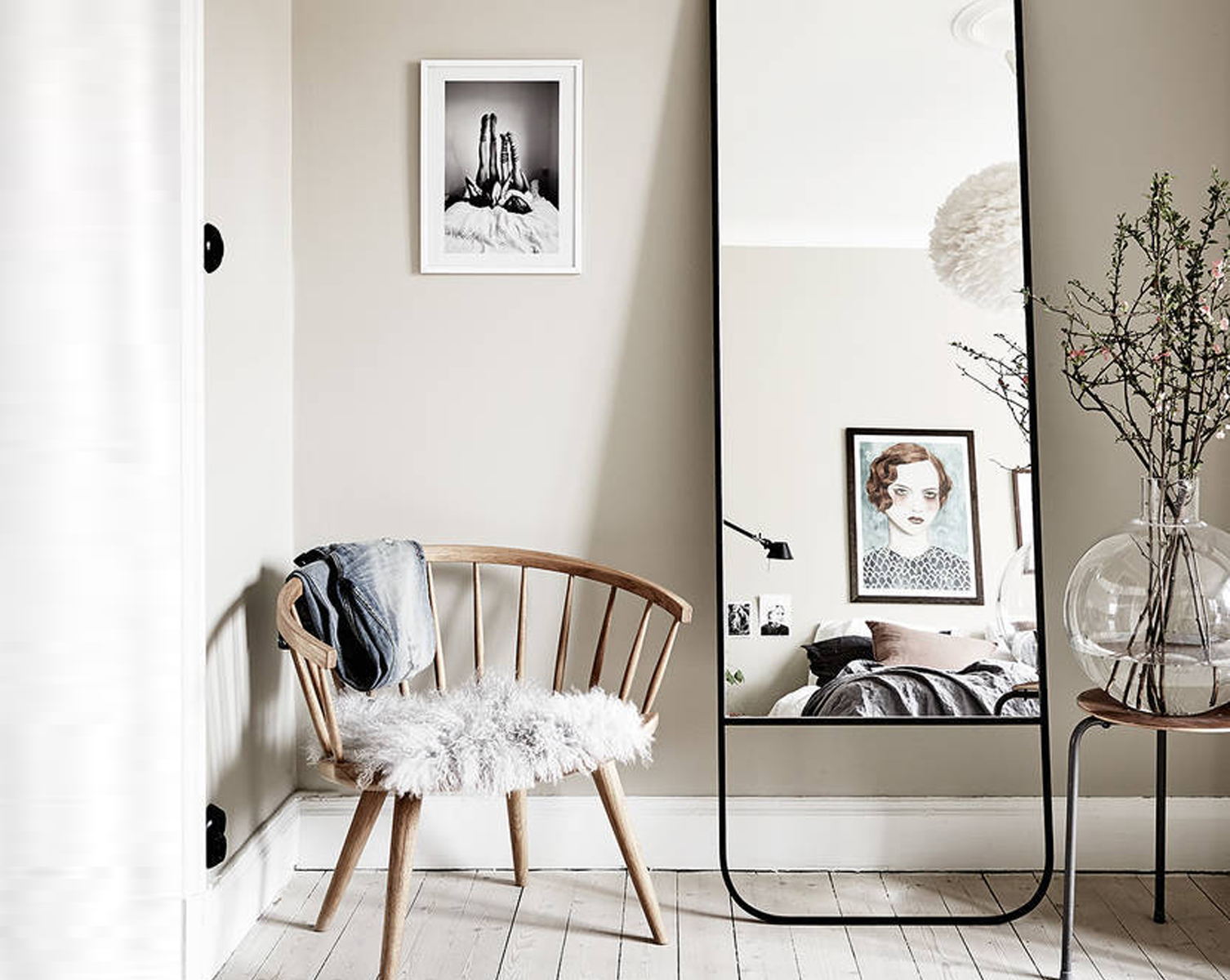 Specchio-per-far-sembrare-la-stanza-più-grande-